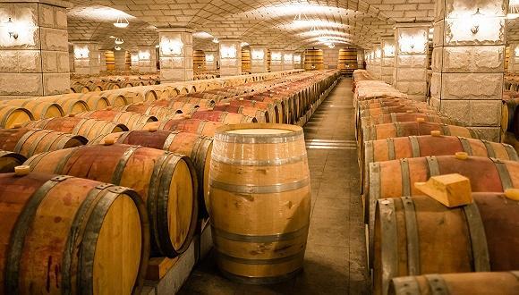泸州老窖创新出新招 推出百调橡木桶陈酿白酒